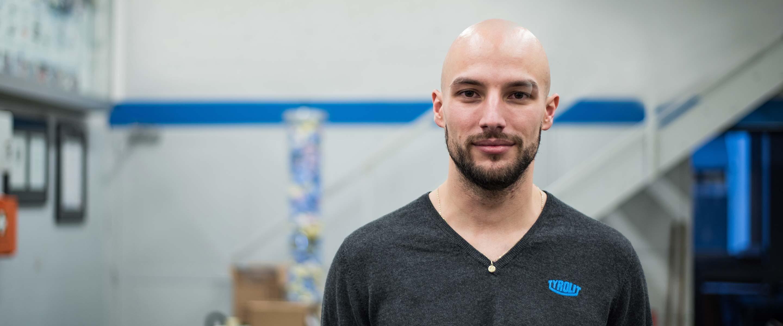 TYROLIT - Press - Schon früh in meinem Berufsleben als Maschinenbautechniker wurde mir klar, dass ich anderen helfen möchte diesen und auch andere Berufe zu erlernen.<br />