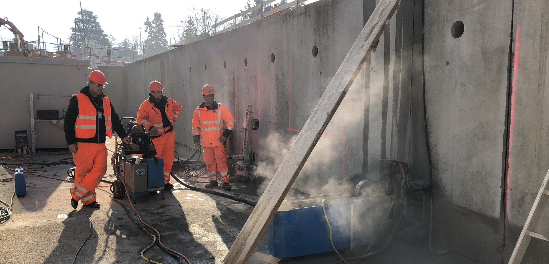 TYROLIT - Stories - Concrete wall removal at new Lancy-Bachet train station in Geneva